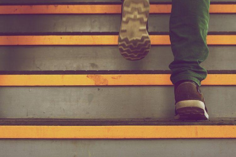 Jak vyřešit schodiště v rodinném domě?