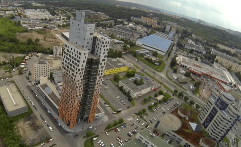 AZ Tower - nejvyšší budova v ČR - Zajímavosti