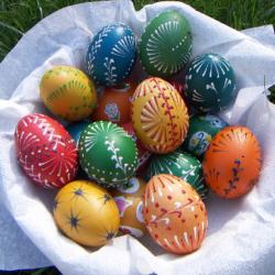 Zdobení vajíček voskem - Návod na tradiční zdobení